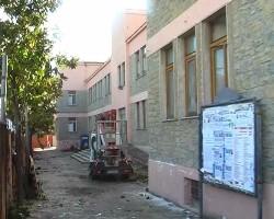 scuola castel san lorenzo abbattuta